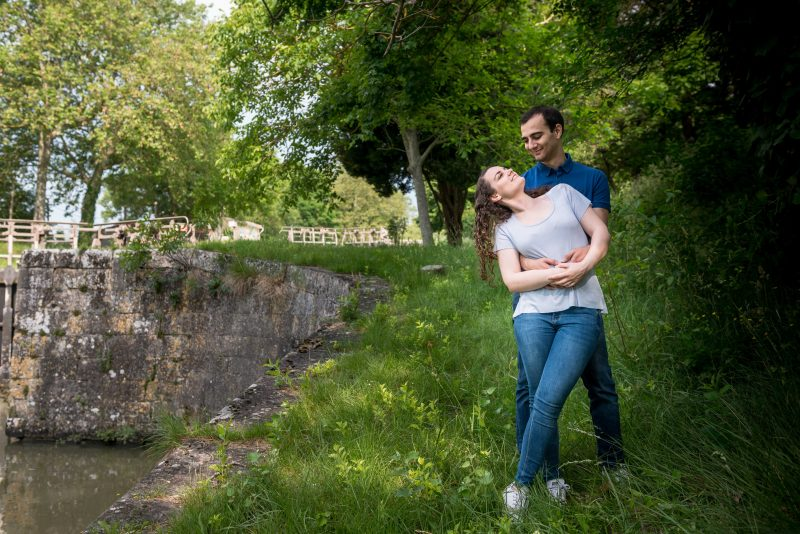 shooting couple près de l'écluse